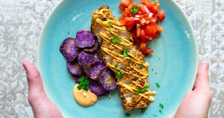 Krokante kip met truffel aardappel chips en pikante mayonaise