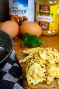 Scrambled eggs met BBQ smaak