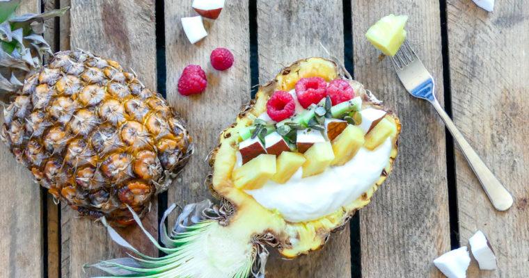 Gevulde ananas bowl